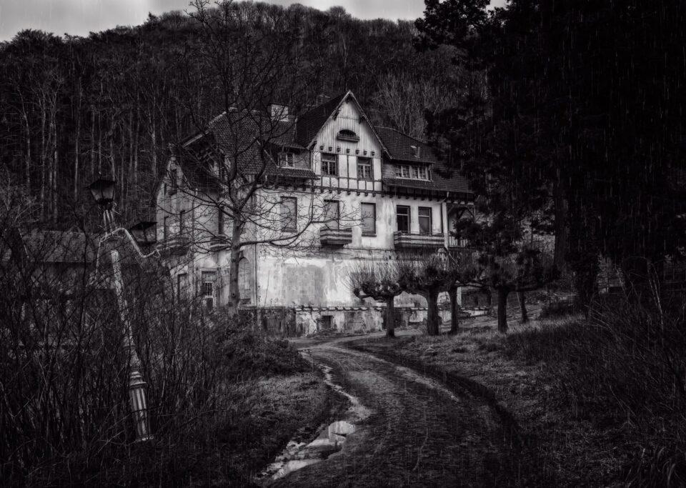 Villa Capriglio la villa che scompare