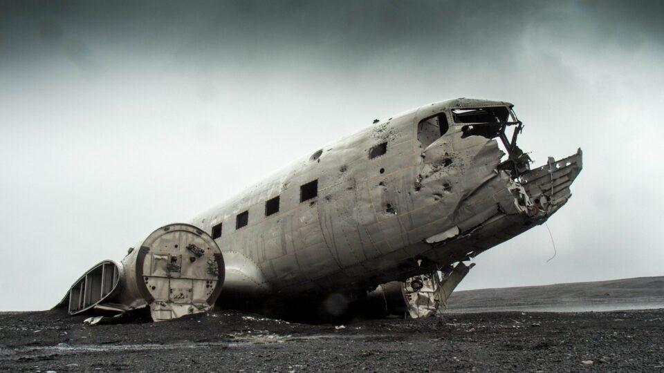 Leggende gotiche: Il volo 401